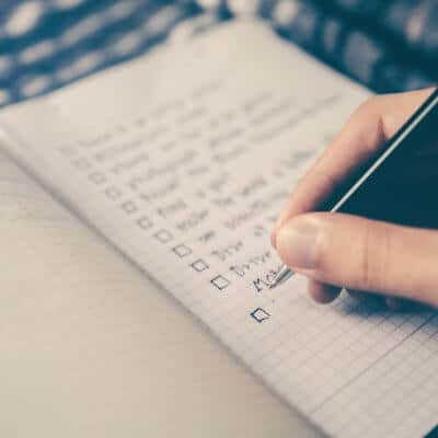 'Tis the Season: 8 Financial Resolutions For The New Year