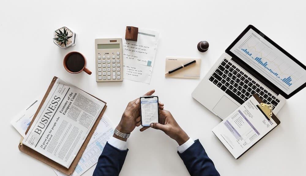 Abaixo estão algumas dicas importantes para o investidor iniciante. Eu acho que você precisa entender e colocar em prática, a fim de garantir um bom começo na experiência de investimentos.